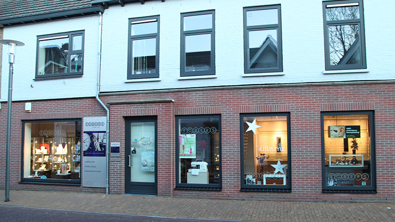 Egbers Juwelier - Naamachines - Optiek - Optometriek - Hoortoestellen